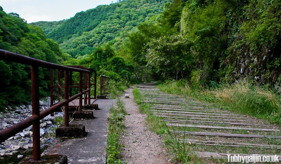 Hiking the old Fukuchiyama Railway